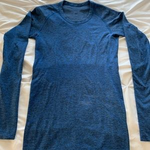 Excellent condition Swiftly Tech Long Sleeve